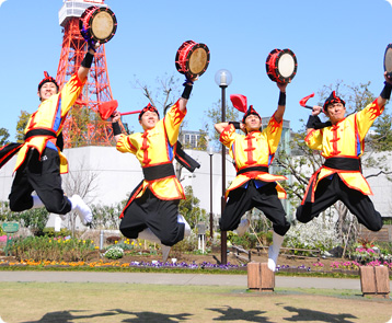 Shimedaiko / Shimedeaku (Middle Laced Drum)  琉球舞団 昇龍祭太鼓